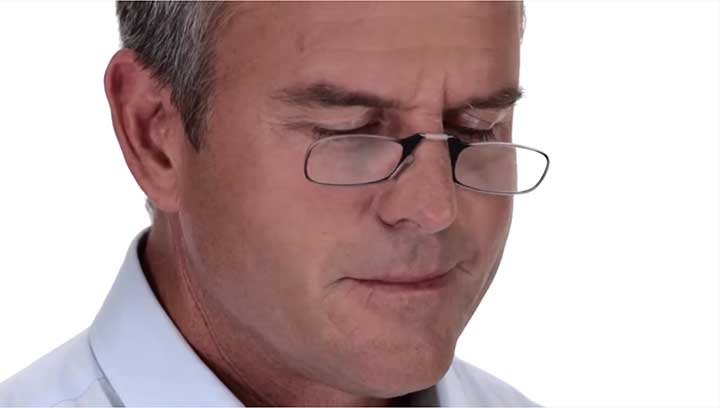 ThinOptics cellphone reading glasses easily fit all nose shapes.